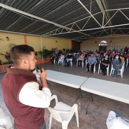 Tomó protesta formal como delegado de COCYP en El Salto, ante medio centenar de personas.