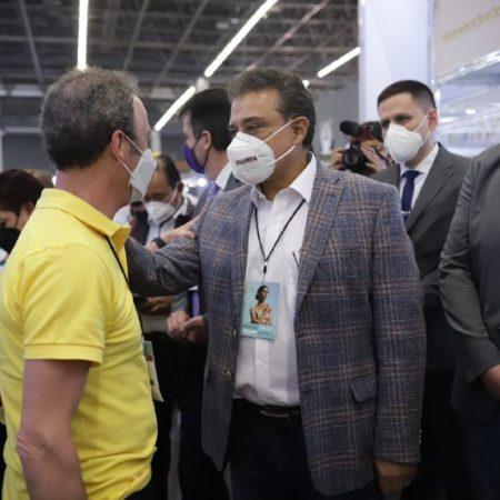 Propone  Lomelí en Guadalajara, condenación de pago de licencia a comercios ejemplares