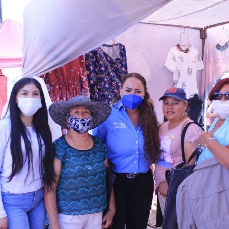 Candidata del PAN al Distrito 10 local impulsa proyecto de empleos para madres solteras