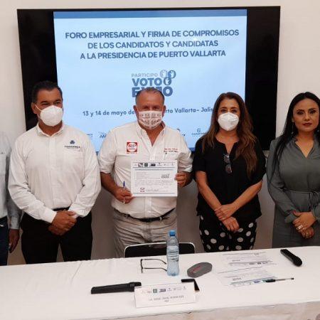Presenta Tito Yerena, cinco acciones para la reactivación del Centro Histórico de Puerto Vallarta