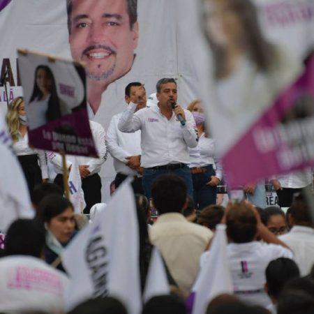 El candidato de Hagamos al gobierno de Tonalá reunió a 2 mil 500 personas en la plaza Cihualpilli para dar el cierre de su campaña.